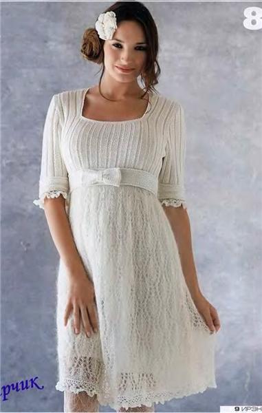 Белое платье крючком и спицами