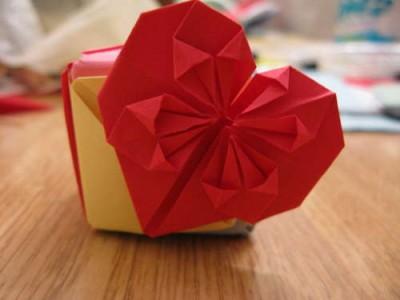 необычное сердечко-оригами