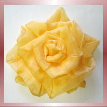 Цветы из ткани - роза