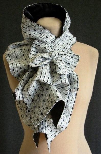 Пышный шарф с бантом