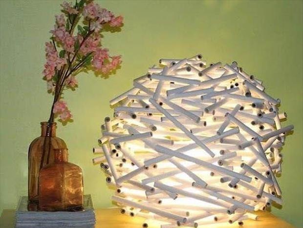 светильник из трубочек