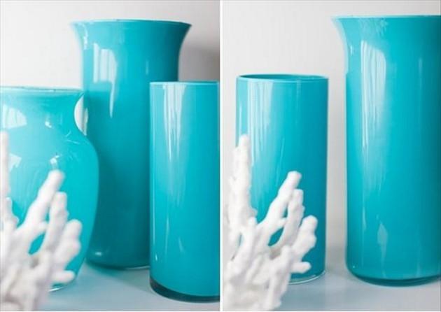 яркие стеклянные вазы
