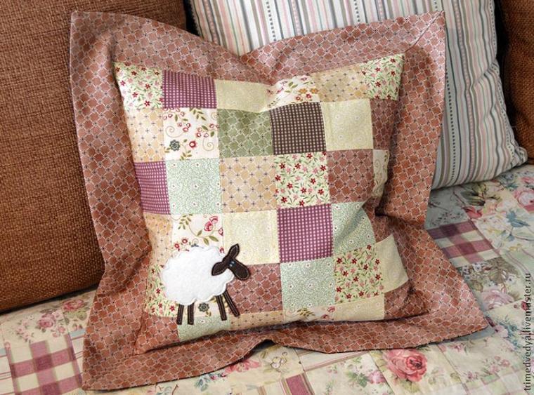 Подушка из квадратов сшить 154